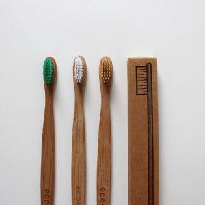Hampaiden hoito